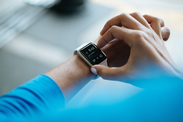 A smartwatch helps you know yourself by self-tracking